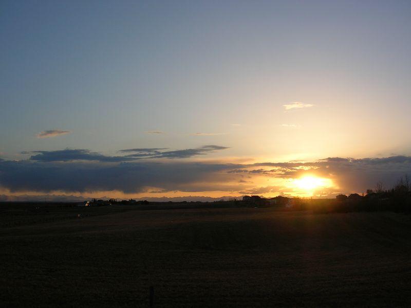 Sunset at Bearspaw CC